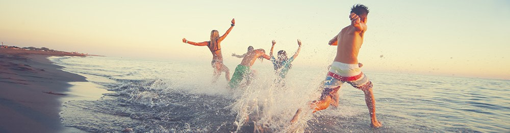 Beachfront* holiday rentals