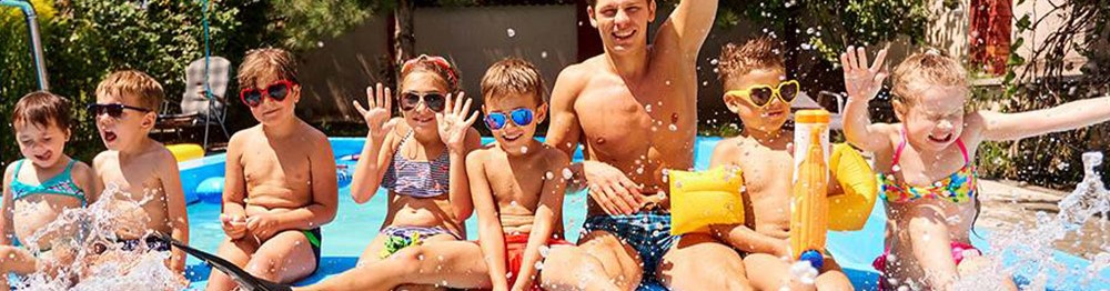 Holiday Rentals with Free Family Entertainment