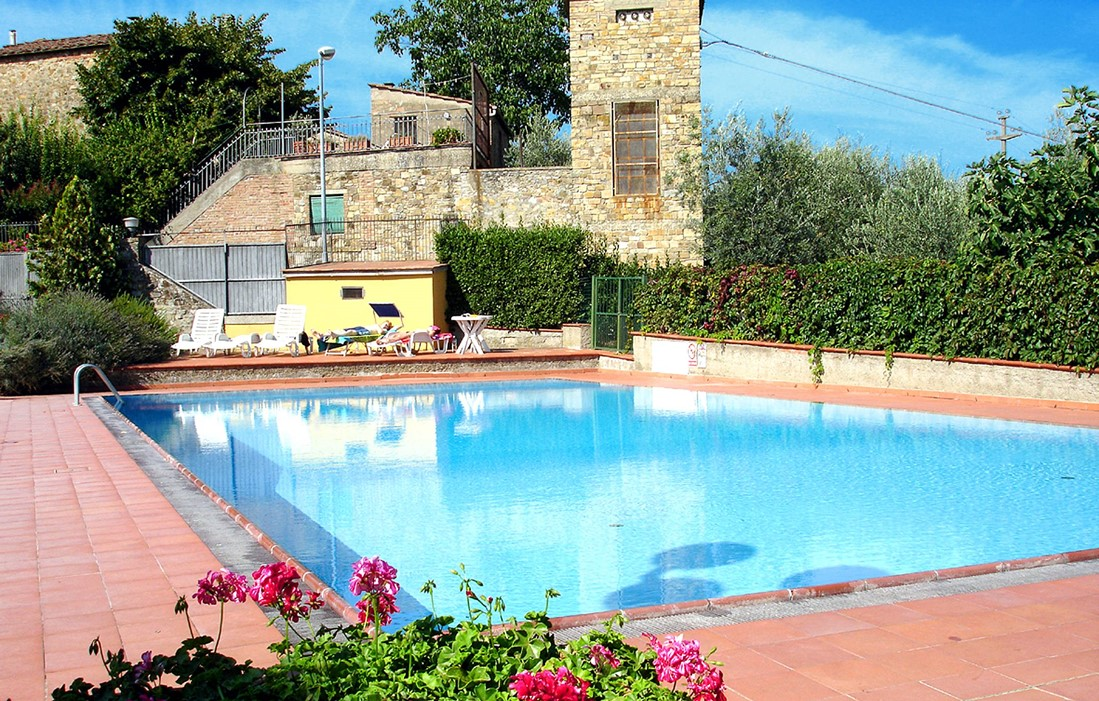 Italy - San Donato in Pogio - Residence La Pieve : Outdoor swimming pool