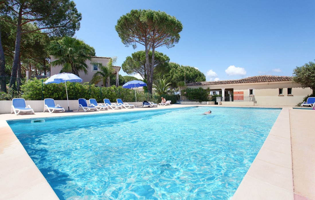 Gassin - Odalys Prestige Residence Le Clos Bonaventure : Outdoor swimming pool