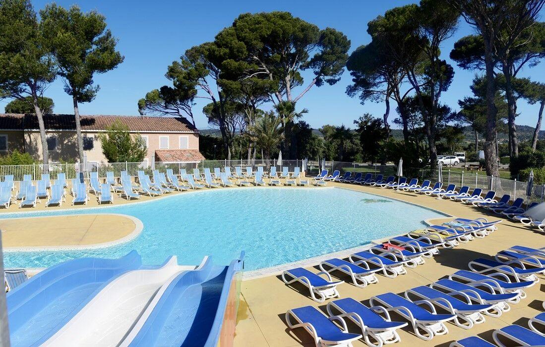 Location En Résidence Club Languedoc Roussillon | Calvisson Résidence Club  Odalys Le Mas Des Vignes