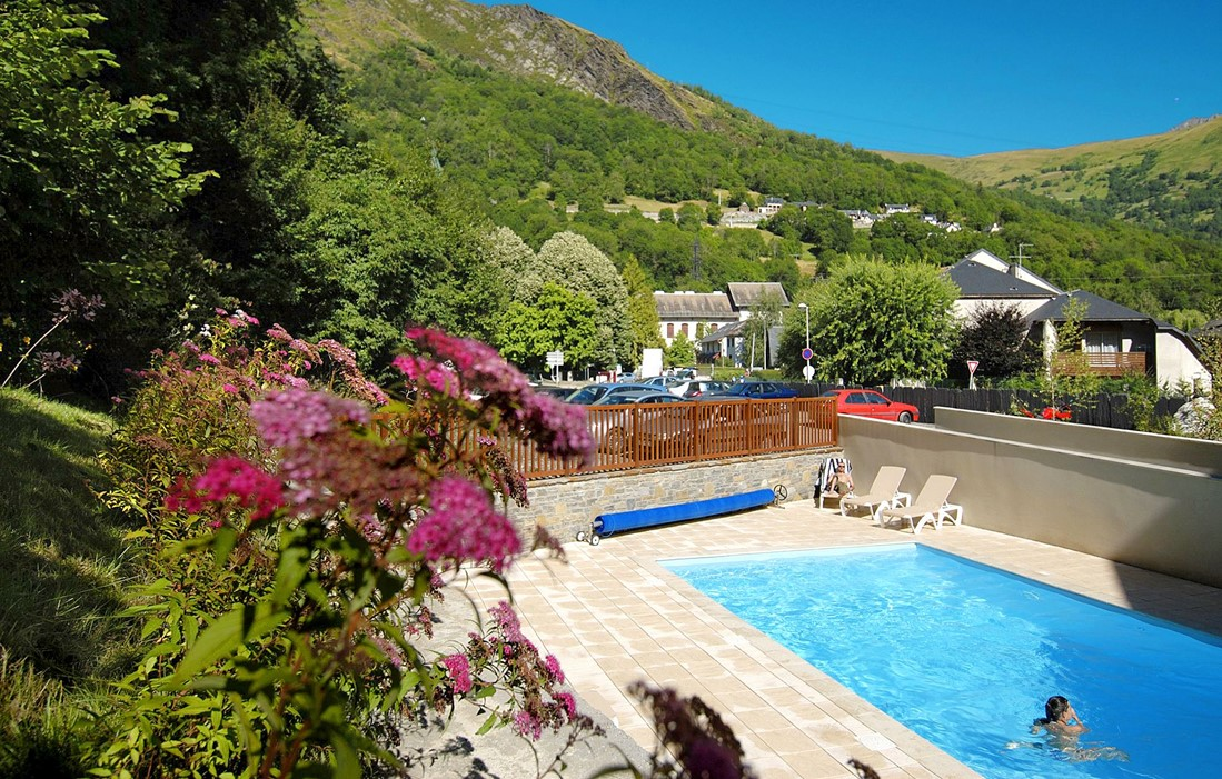 Saint Lary Soulan - Odalys Residence Le Soleil d'Aure : Outdoor swimming pool