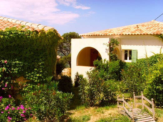 Location villa avec piscine à Sant' Antonino