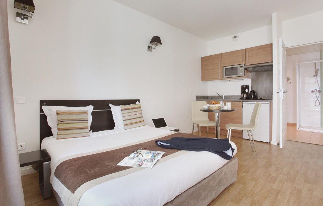 Beausoleil - Appart'hôtel Prestige Odalys Les Hauts de la Principauté : Intérieur d'un logement