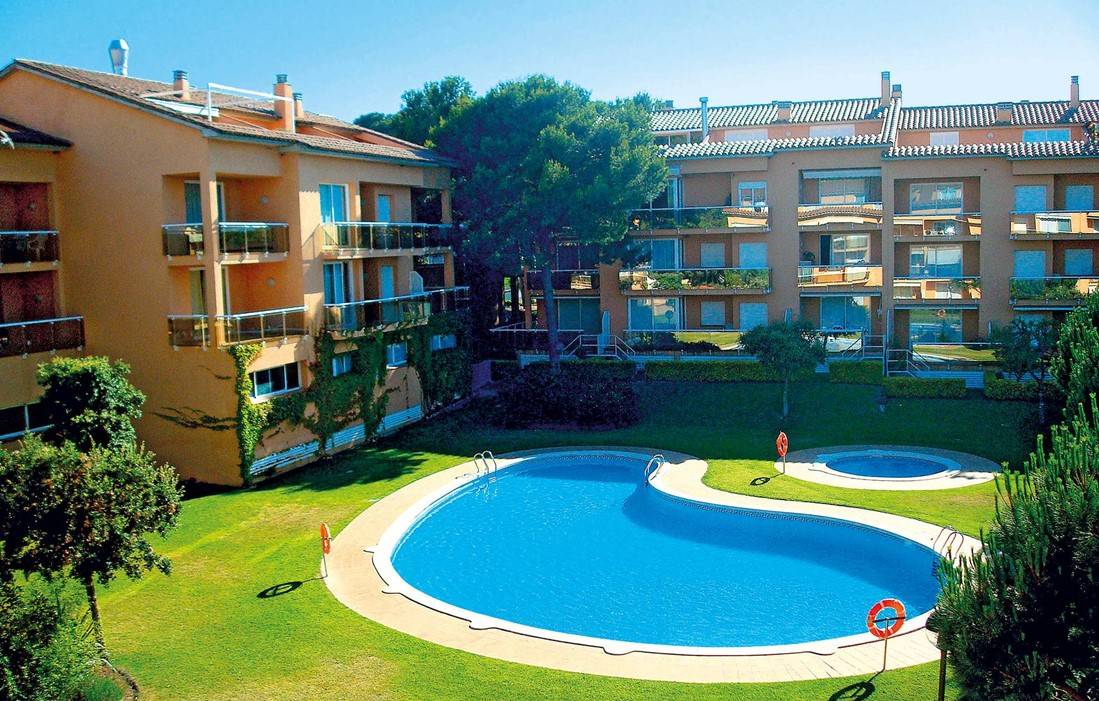 Spain - Playa de Pals - Residence Sa Guilla II : Outdoor swimming pool
