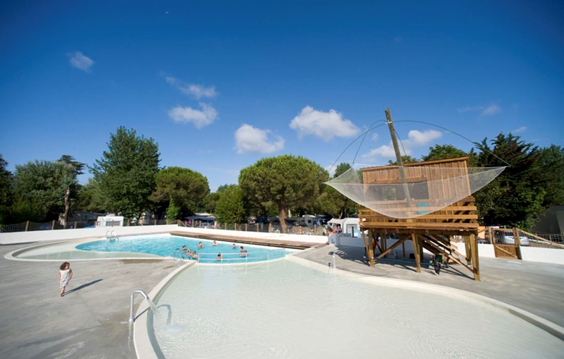 Royan - Clairefontaine : Outdoor swimming pool