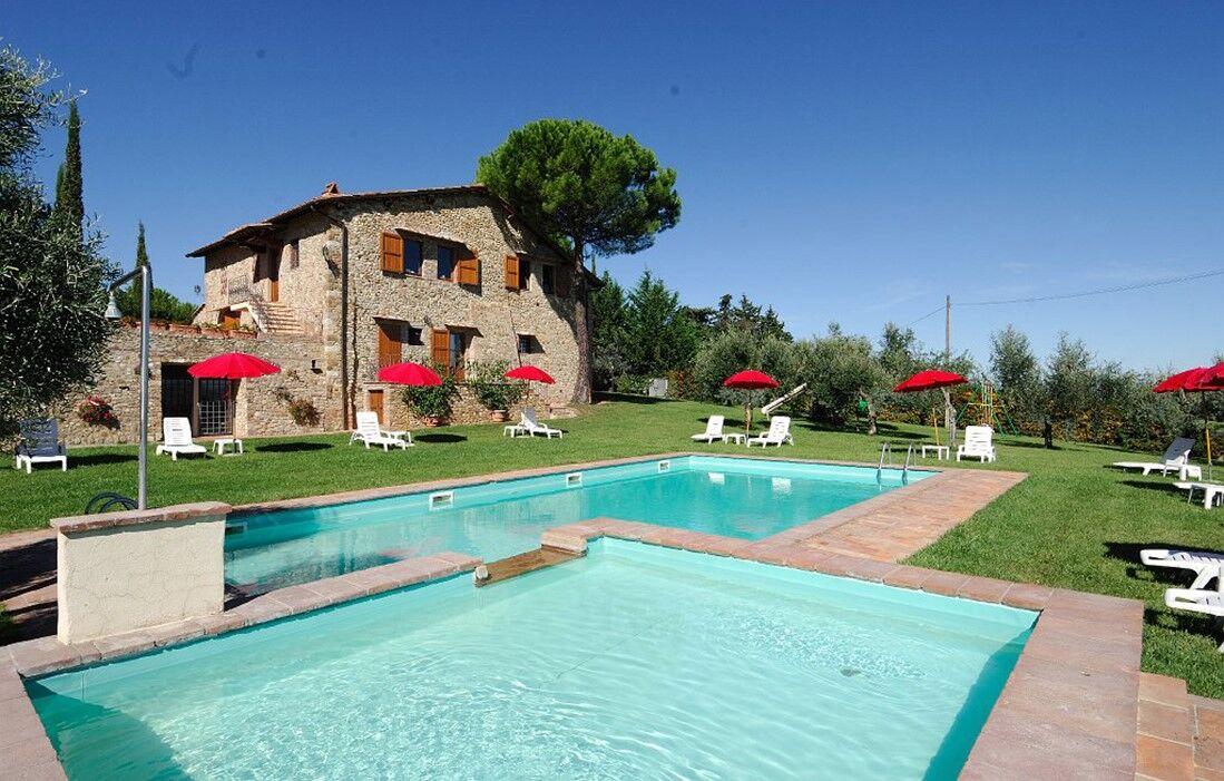 Italy - Tavernelle Val di Pesa - Residence Fattoria Querceto : Outdoor swimming pool