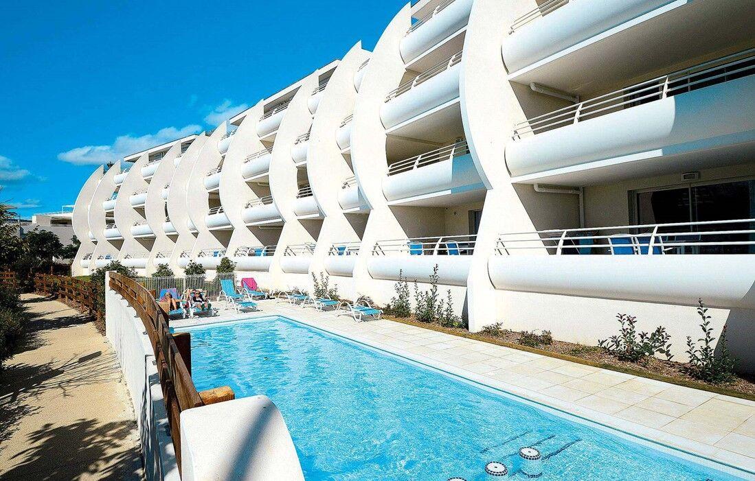 La Grande Motte - Odalys Residence Les Dunes du Soleil : Outdoor swimming pool