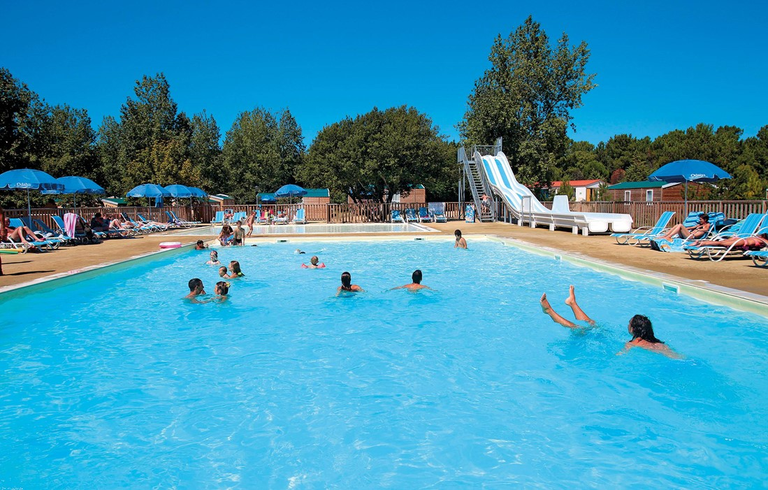 Saint Hilaire de Riez - Odalys Camping Les Demoiselles : Outdoor swimming pool