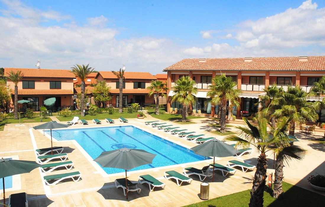 Spain - Torroella de Montgri - Villas Clipper : Outdoor swimming pool