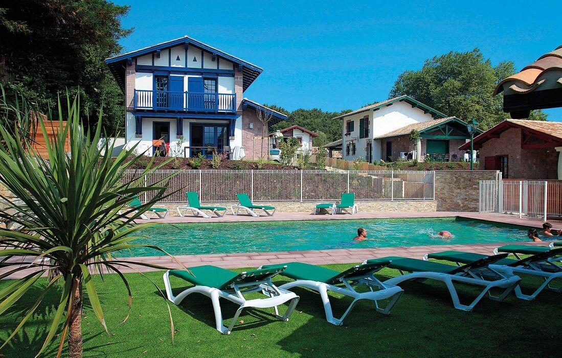 Urrugne - Odalys Prestige Villas Domaine de Lana : Outdoor swimming pool