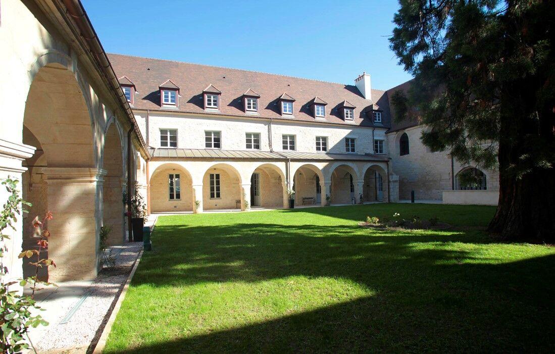 Dijon - Appart'hôtel Odalys Les Cordeliers