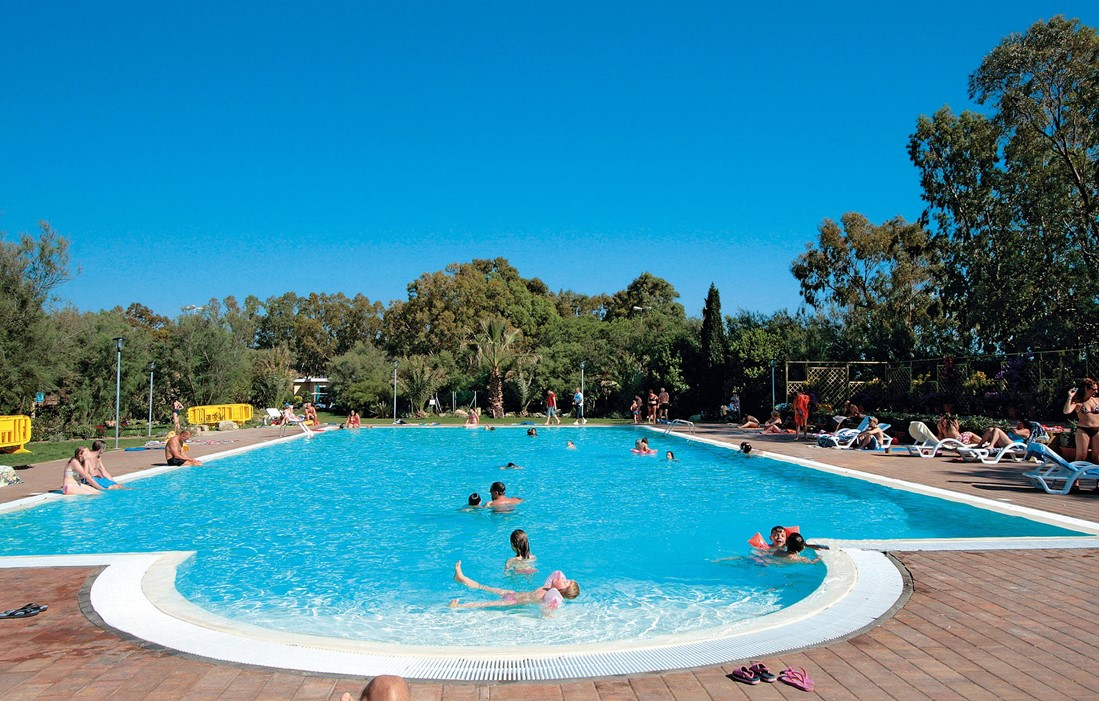Italy, Toscane, Cecina - Camping Tamerici : Outdoor swimming pool