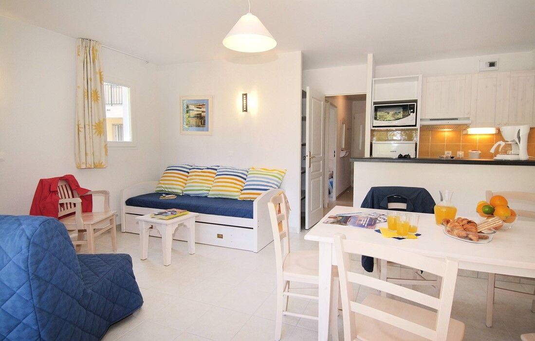 Six Fours les Plages - Résidence Odalys Aryana : Intérieur d'un logement