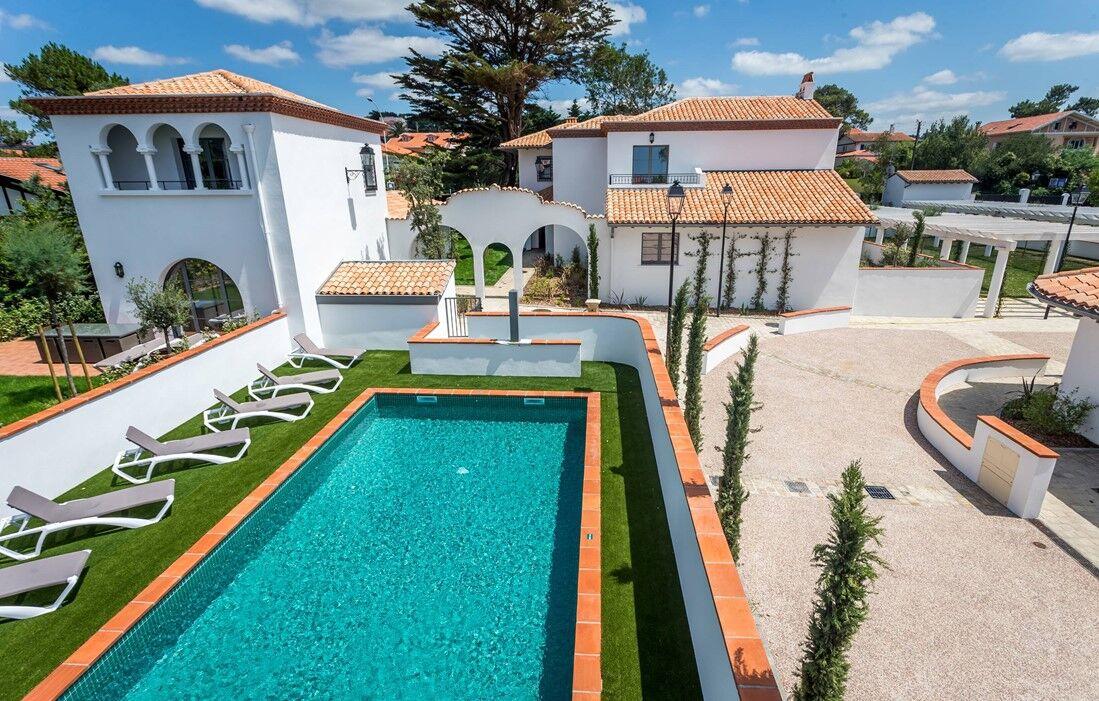 Biarritz - Résidence Prestige Odalys Les Villas Milady : Piscine découverte