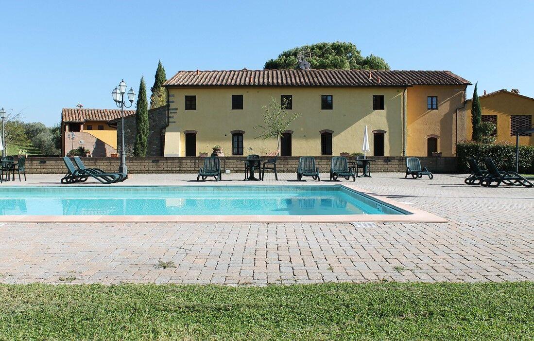 Italie - Limite Sull'Arno - Résidence Borgo Di Montereggi : Piscine découverte