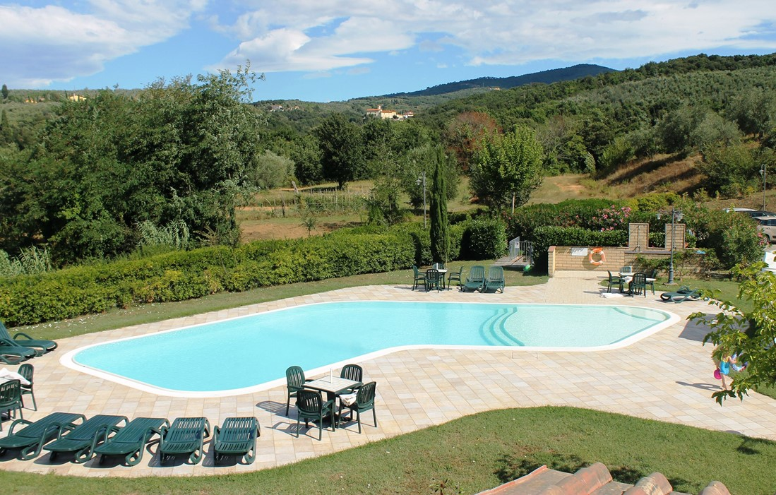 Italy - Limite Sull'Arno - Residence Il Casale : Outdoor swimming pool