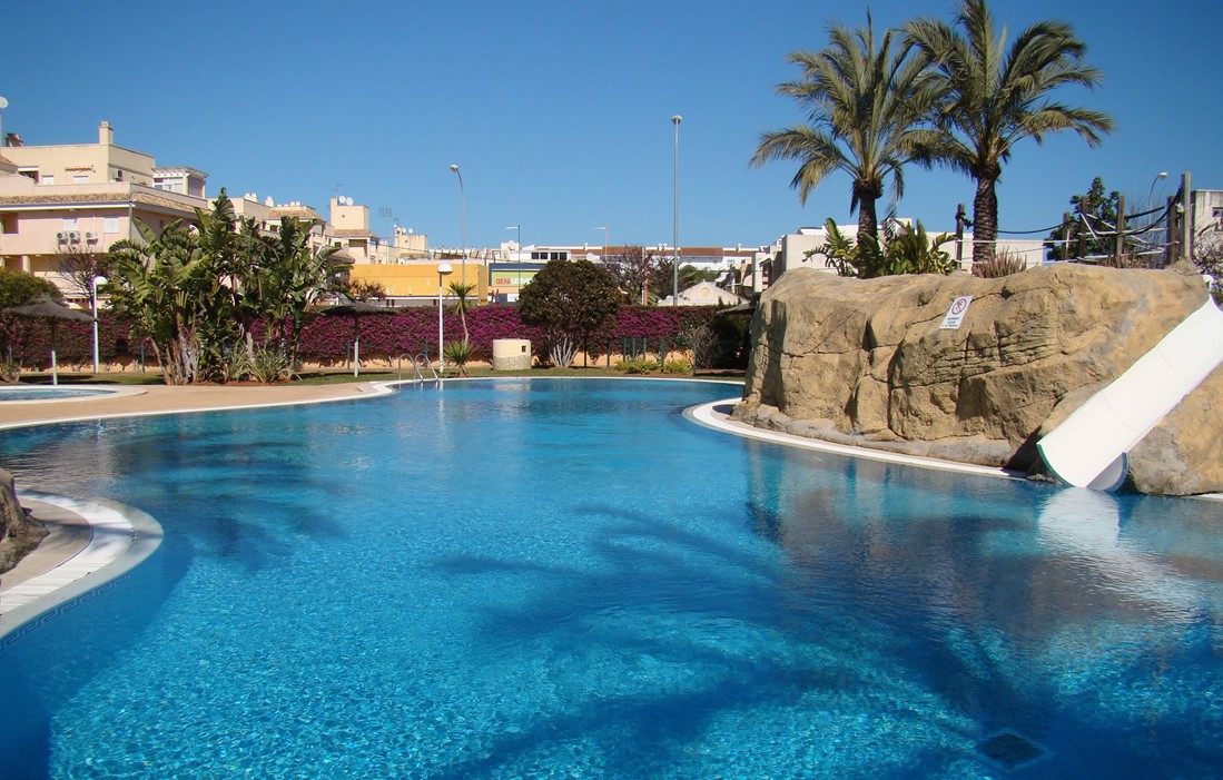 Spain - Denia - Residence Aquamarina : Outdoor swimming pool