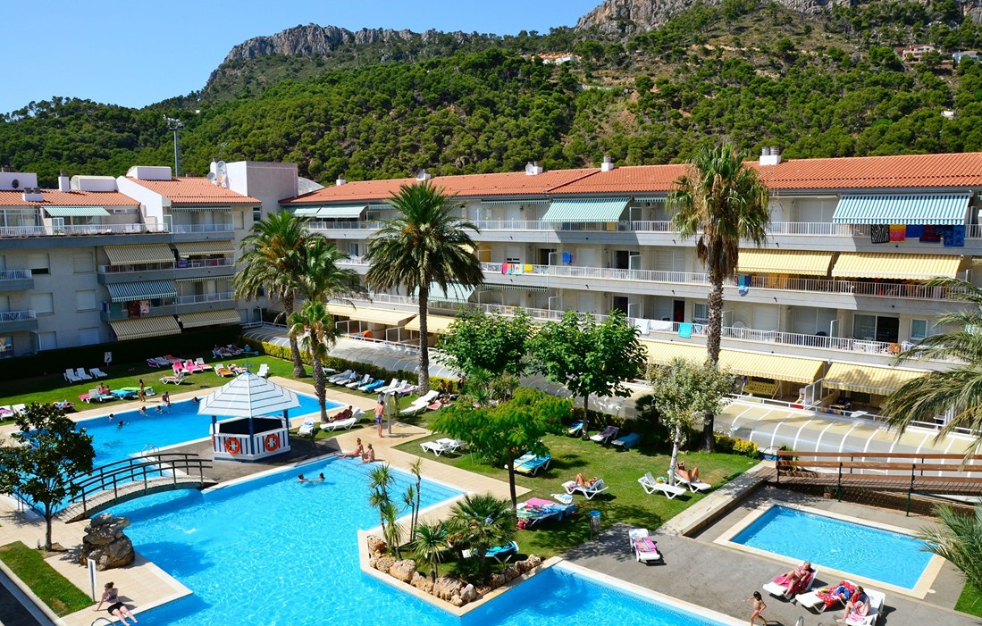 Spain - Estartit - Residence Illa Mar d'Or : Outdoor swimming pool