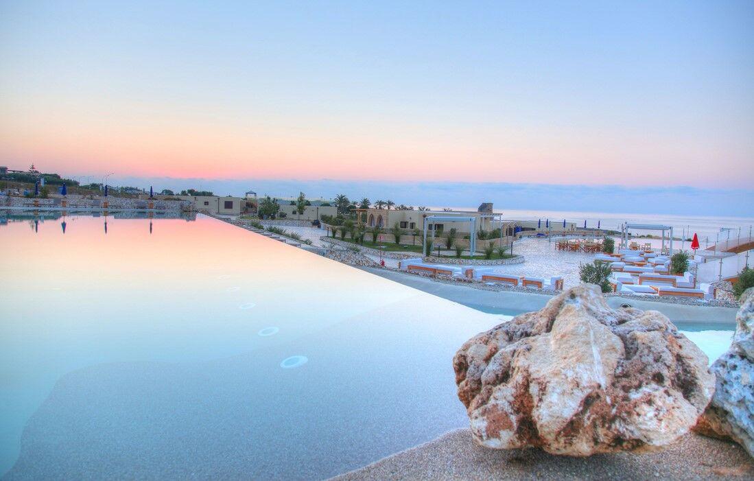 Santa Cesarea Terme - Résidence 19 Resort : Piscine découverte