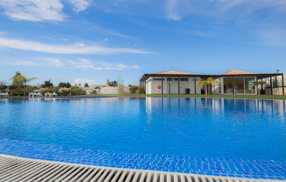 Carvoeiro - Residence Villas Mourim : Outdoor swimming pool