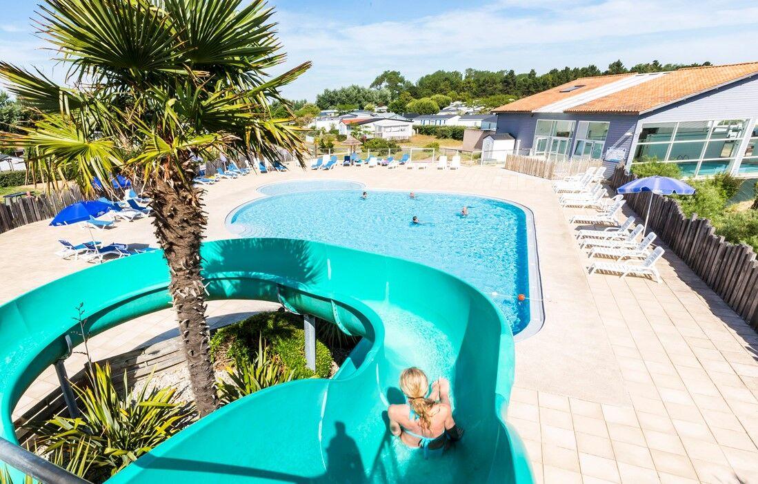 Saint Hilaire de Riez - Odalys Camping L'Etang de Besse : Outdoor swimming pool