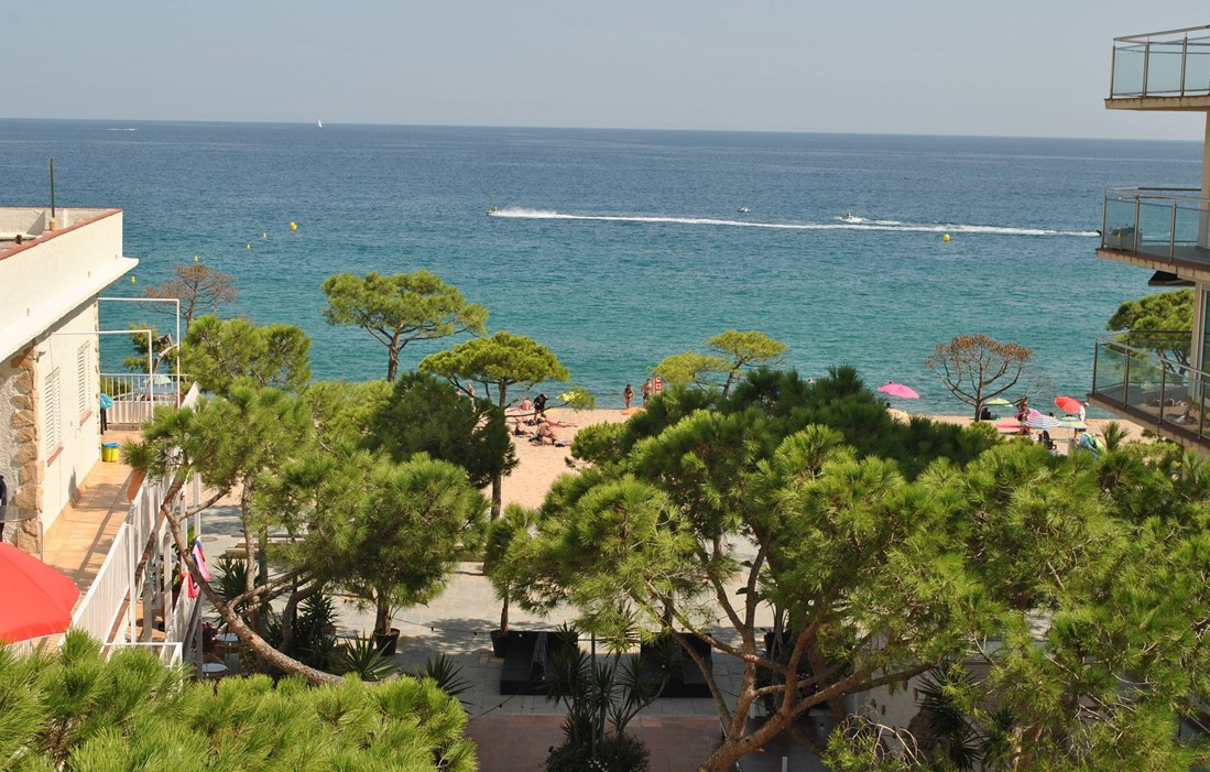 Location Playa De Aro - Spain - Residence Delfin : View from the residence