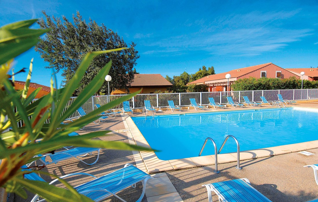 Narbonne Plage - Odalys Residence Beau Soleil : Outdoor swimming pool