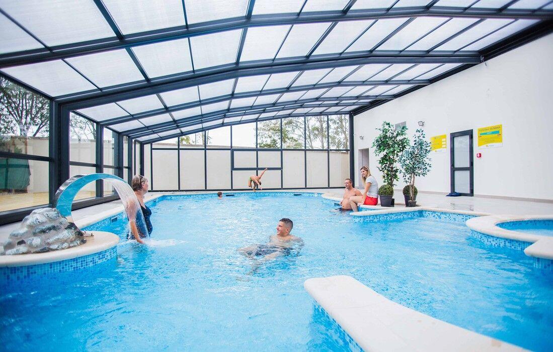 Villers les Nancy - Le Brabois : Indoor swimming pool