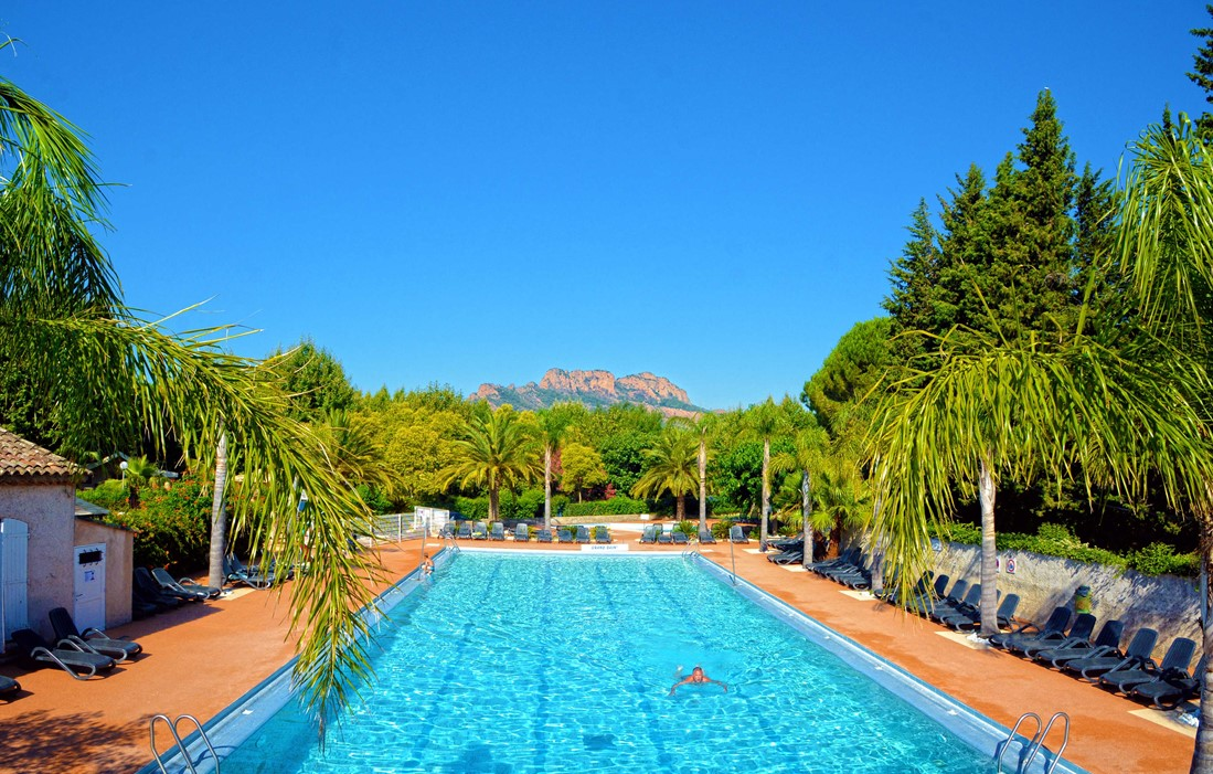 Roquebrune sur Argent - camping Les Pecheurs : Outdoor swimming pool