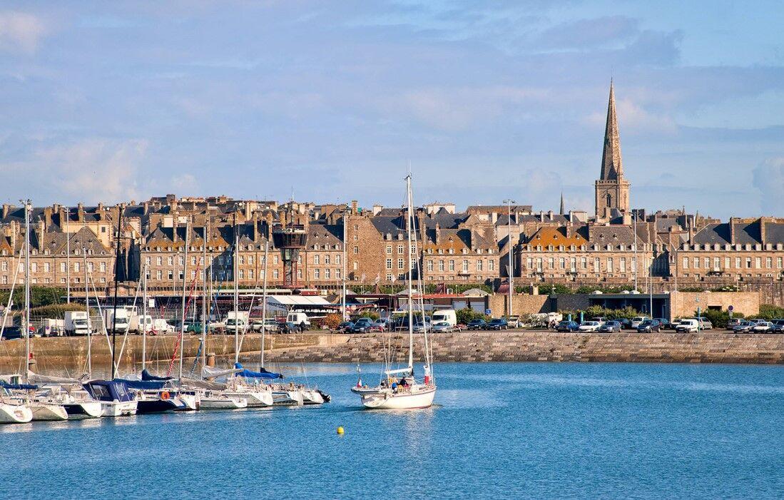 Saint Malo - Résidence Odalys Le Minihic : Port de Saint Malo