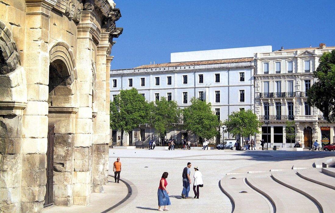 Nîmes - Appart'hôtel Odalys Le Cheval Blanc