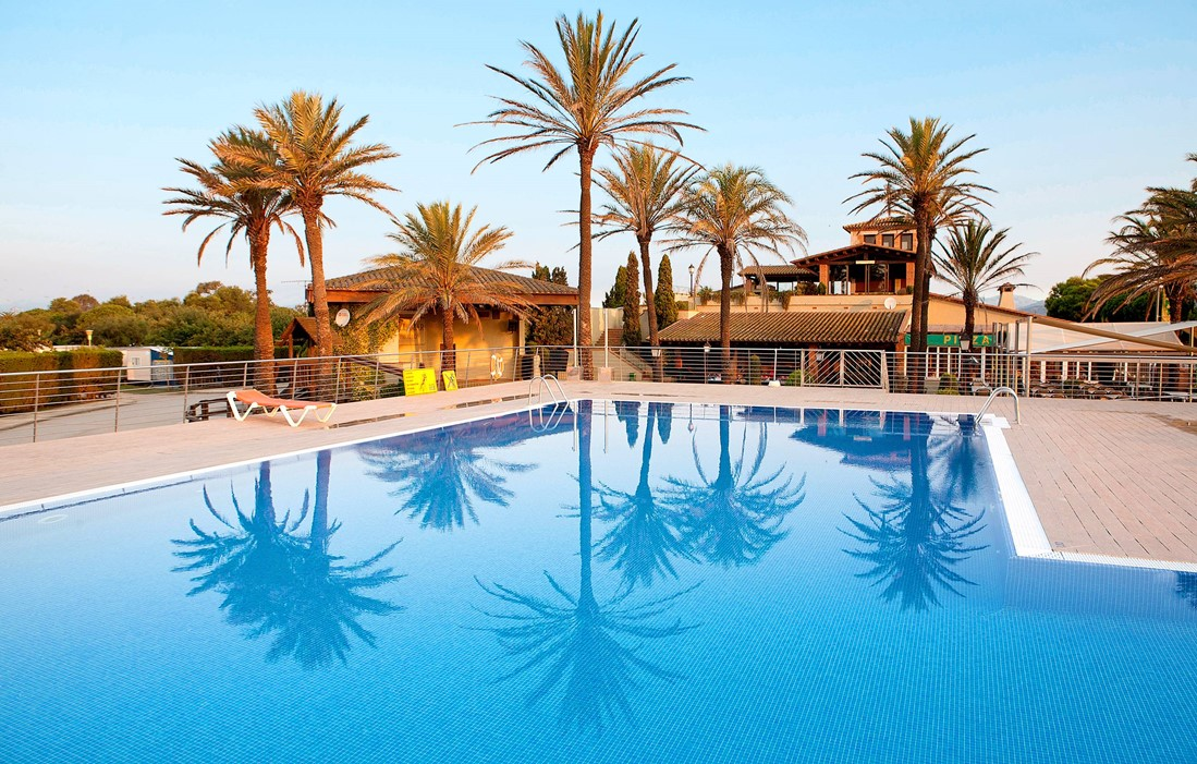 Spain - Empuriabrava - Camping Castell Mar : Outdoor swimming pool