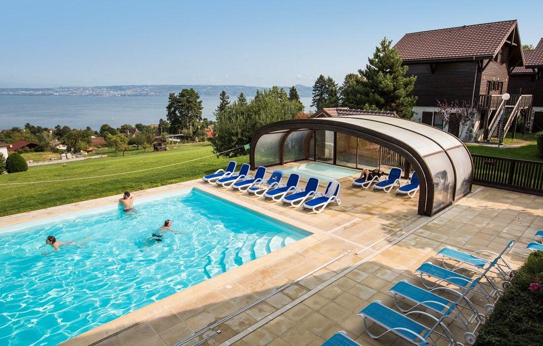 Evian les Bains - Résidence Odalys Les Chalets d'Evian : Piscine découverte