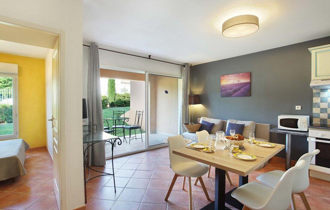 Gréoux les Bains - Résidence Odalys La Licorne de Haute Provence : Intérieur d'un logement