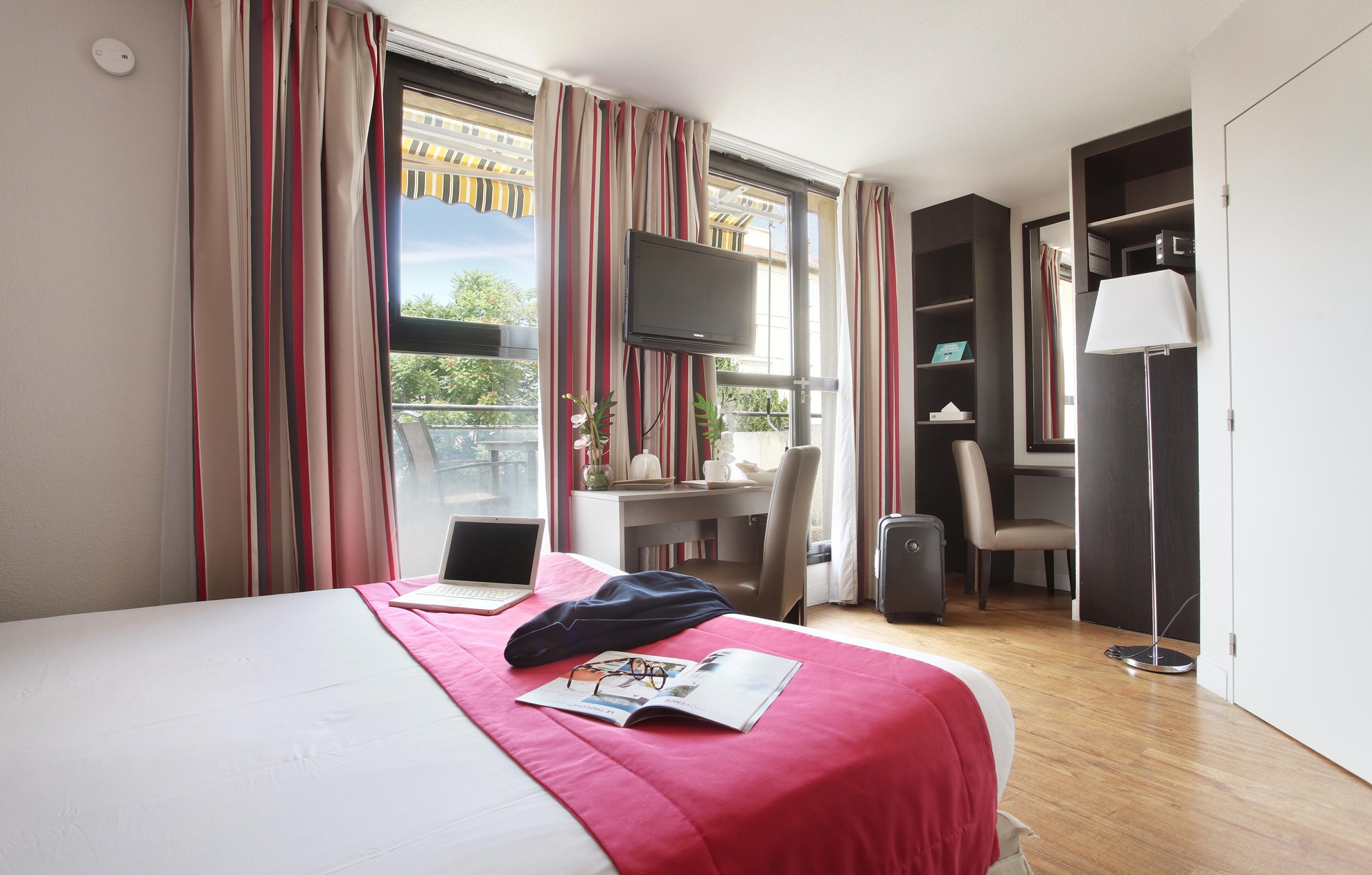 apparthotel-les-floridianes-s2p-sup