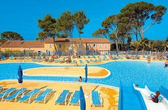 Location vacances avec toboggan aquatique odalys for Residence vacances ardeche avec piscine