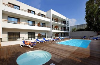 Holidays in la rochelle odalys vacances for Hotel appart royan