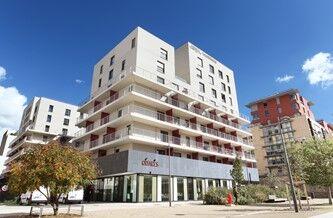 Location vacances dans le lyonnais avec odalys for Appart hotel dans le 95