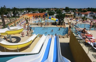 Mobile Home Campsite 800m From The Sea With Swimming Pools With Slides,  Free Kids Clubs And Family Entertainment. Wifi.