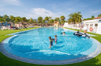 Lively Campsite Near Beaches With Aquatic Area With Pools And Water Slides,  Free Family Entertainment. Restaurant. A/C.