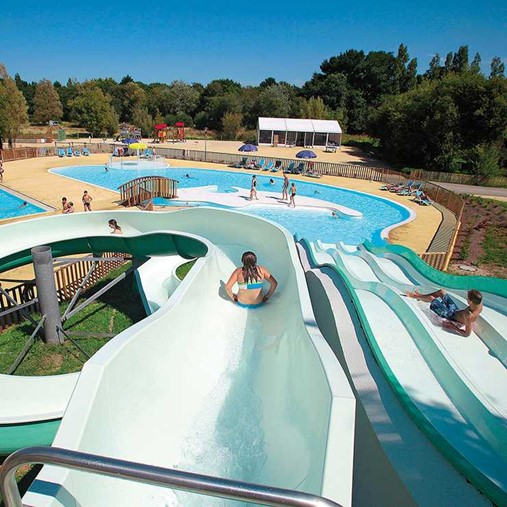 campsites with water parks