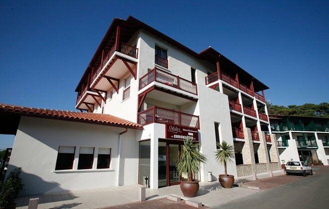 hotel odalys hotel erromardie basque country saint jean. Black Bedroom Furniture Sets. Home Design Ideas