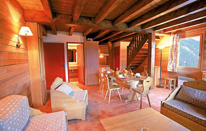 Pra Loup - Odalys Residence Le Hameau de Praroustan : Inside of an apartment