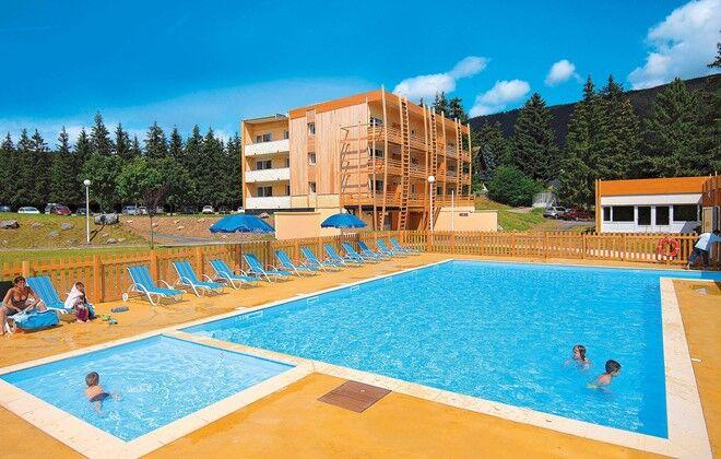 R sidence le sornin autrans odalys for Club piscine catalogue