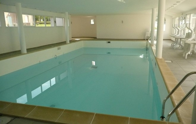 Le Tronchet Saint-Malo - Odalys Residence Domaine de l'Emeraude : Indoor swimming pool