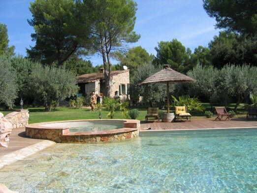 Location Vacances En Villa Avec Piscine  Draguignan