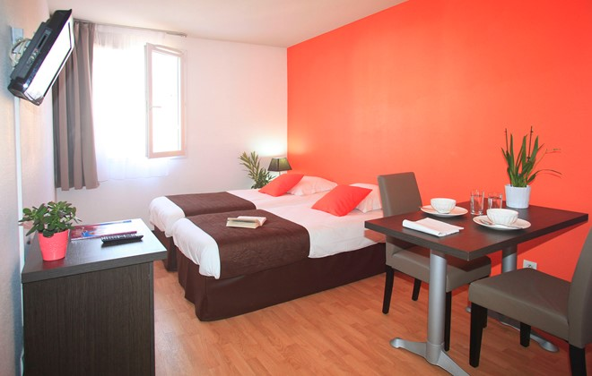 Location aix en provence appart h tel le tholonet odalys for Location appart hotel france