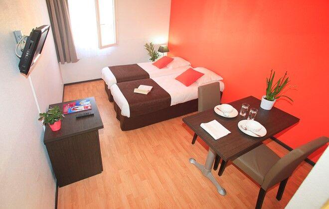 Location aix en provence appart h tel le tholonet odalys for Reserver un appart hotel