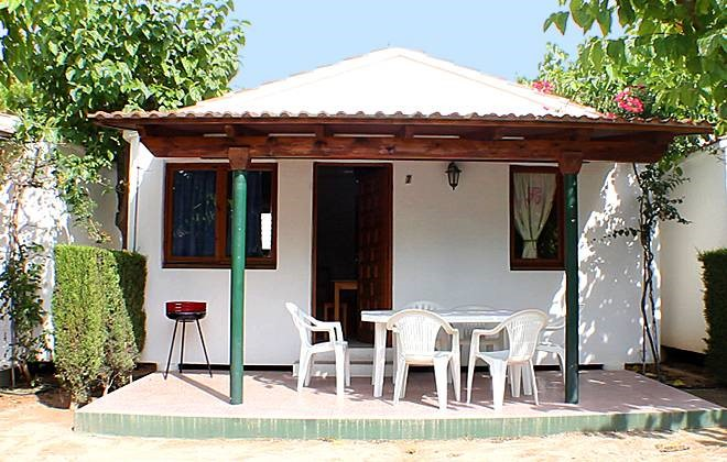 Spain - Coma Ruga - Camping Vendrell Platja : Terrace of a bungalow